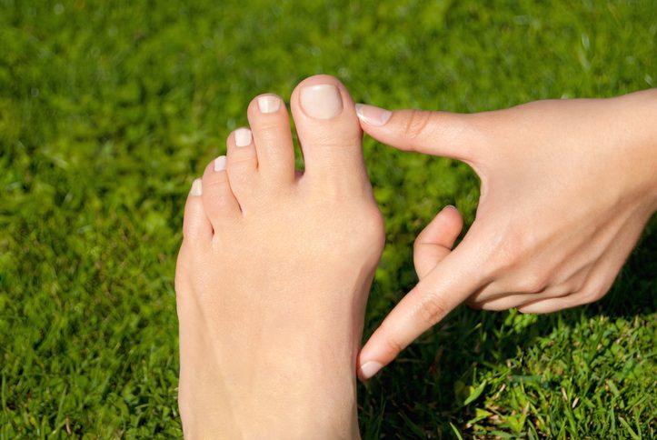 外反母趾の改善におすすめな5本指ソックス20選 |!靴下で劇的に治ると評判のアイテムを紹介