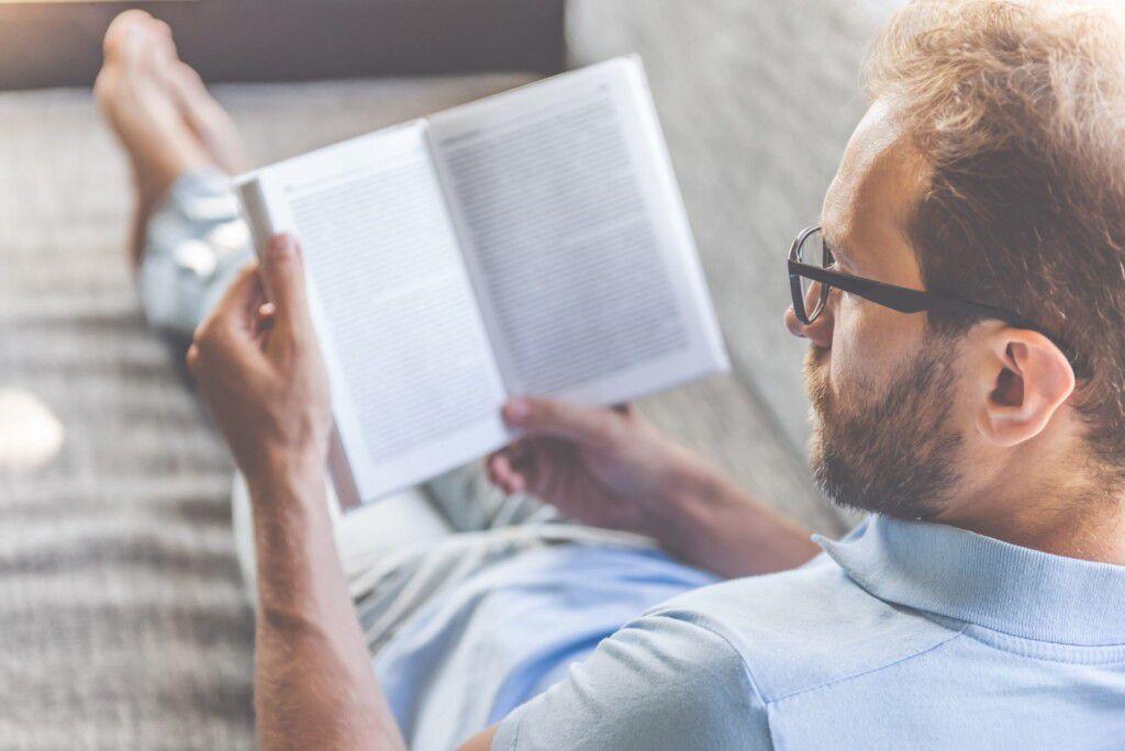 営業職の人に読んでほしいとっておきの本がある!おすすめ営業本16冊をピックアップ