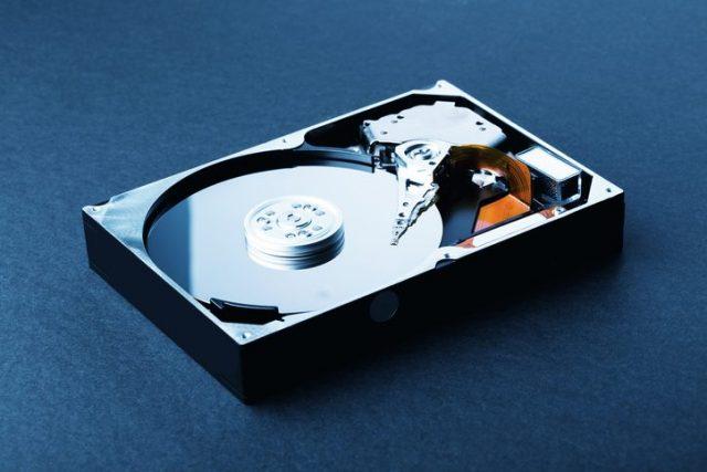 ハードディスクの内部