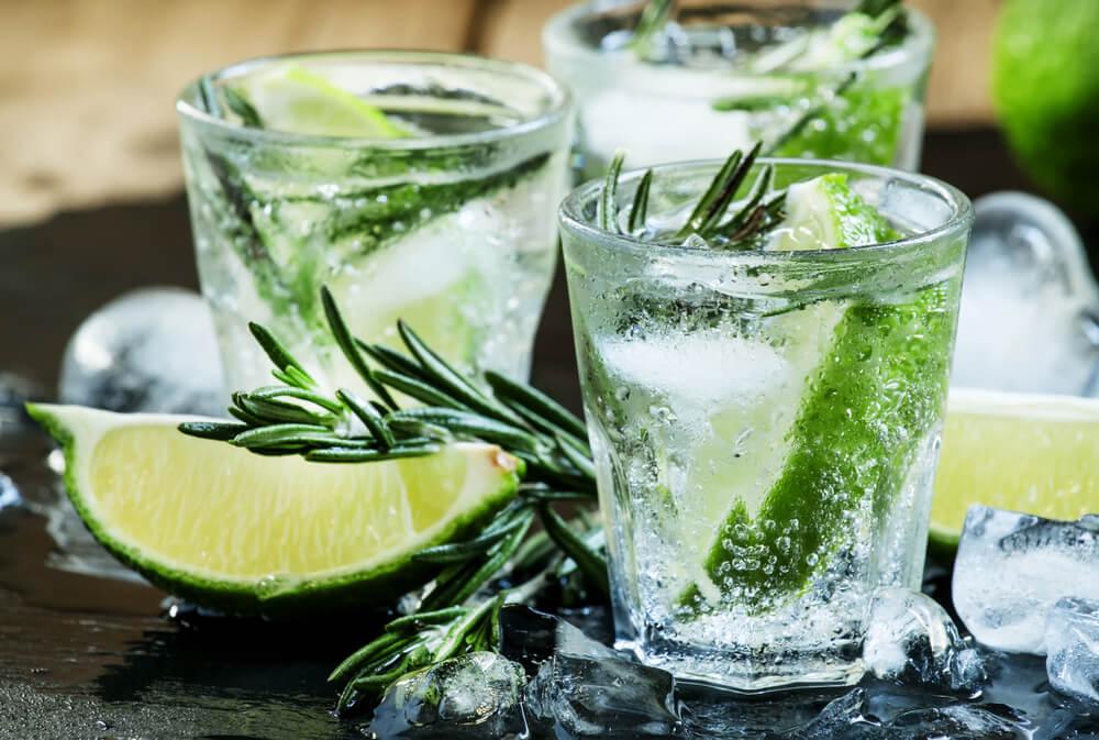 おいしいジンのおすすめ10選!選ぶときのポイントやおすすめの飲み方をご紹介!