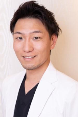 葵デンタルデザインオフィスの院長の画像