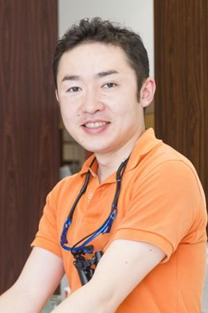 荒井歯科医院の院長の画像
