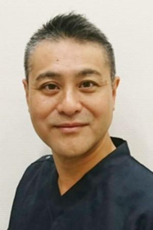 アリオ西新井デンタルクリニックの院長の画像