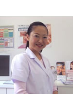 AWATANI DENTAL CLINIC(あわたに歯科医院)の院長の画像