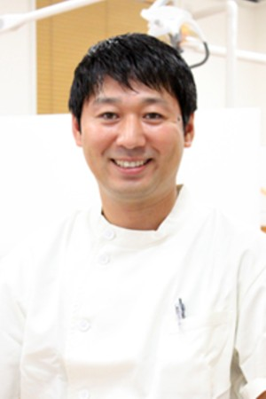 AZAMI DENTAL CLINIC(あざみ歯科クリニック)の院長の画像