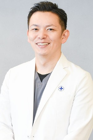 セントラル歯科医院の院長の画像