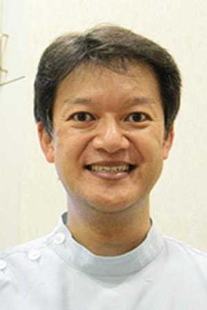 関内駅前ビル歯科医院の院長の画像