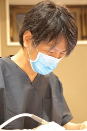 江古田ホワイト歯科の院長の画像