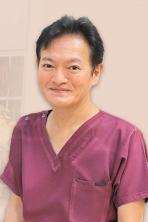 飯島歯科医院の院長の画像