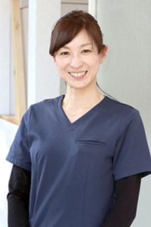 石井歯科医院の院長の画像
