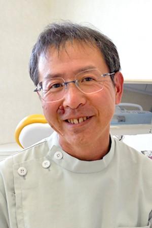 上藤沢歯科の院長の画像