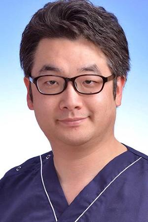 小竹向原歯科クリニックの院長の画像