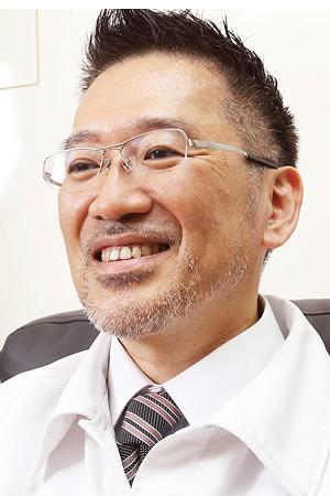 古賀テクノガーデン歯科の院長の画像