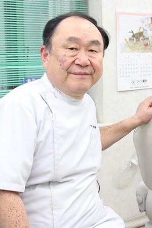 コージ歯科の院長の画像