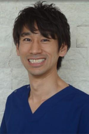 まつばら矯正歯科の院長の画像