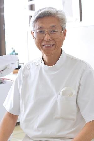 南山歯科医院の院長の画像