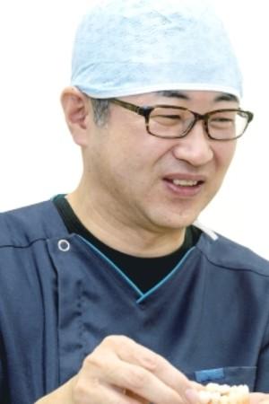 MIYAZAKI DENTAL CLINIC(みやざき歯科)の院長の画像