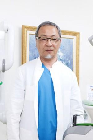 ナベタ歯科医院の院長の画像