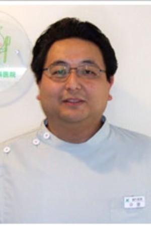 なかざと歯科医院の院長の画像