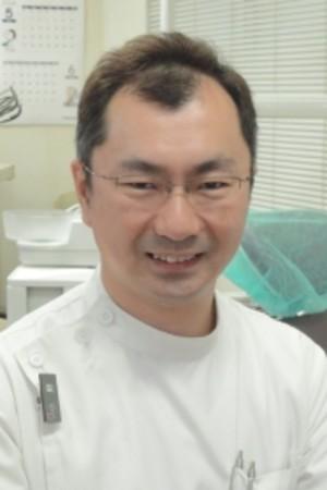 小野歯科医院の院長の画像