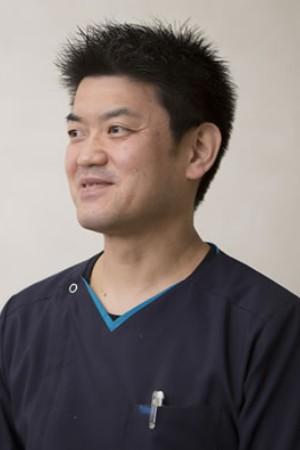 さいわい歯科医院の院長の画像