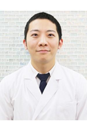 横浜桜木町歯科の院長の画像