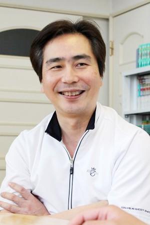 SUGIYAMA DENTAL OFFICE(杉山歯科医院)の院長の画像