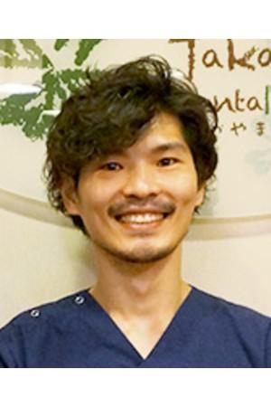 たかやま歯科の院長の画像