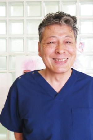竹渕歯科医院の院長の画像