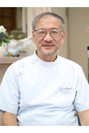武井歯科医院の院長の画像