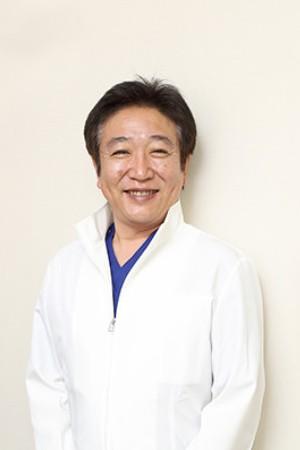 田中歯科の院長の画像