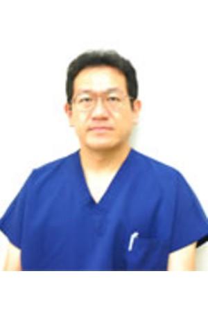 つるみ歯科医院の院長の画像
