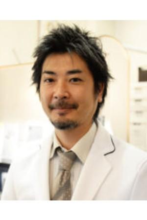 ウェル西新宿デンタルクリニックの院長の画像