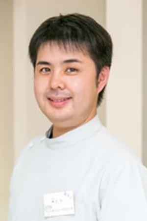 よこい歯科クリニックの院長の画像