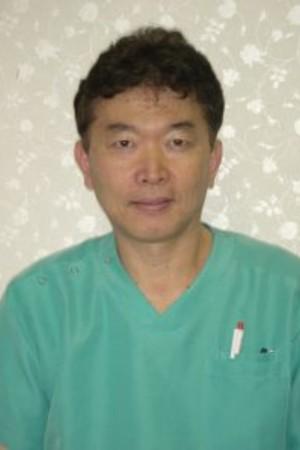YOKOTA DENTAL CLINIC(よこた歯科)の院長の画像