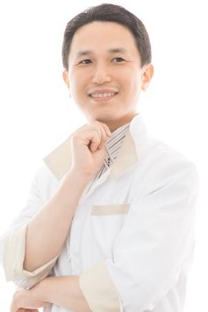 歯科ドクターHaの院長の画像