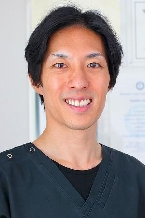 AKUNE DENTAL CLINIC(あくね歯科クリニック)の院長の画像