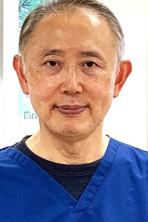 Hoshino Dental Clinic(星野歯科医院)の院長の画像