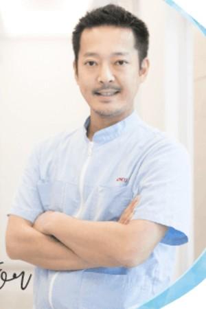 izumi otona kodomo dental clinic(泉おとなこども歯科)の院長の画像