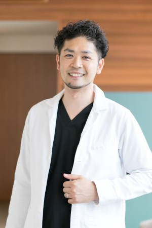 KANAE DENTAL CLINIC&ORTHODONTICS(かなえ歯科・矯正歯科クリニック)の院長の画像