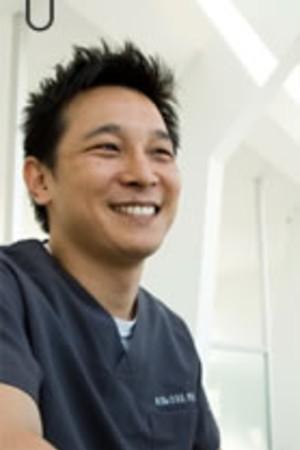 岡歯科医院の院長の画像