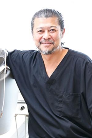 くわばら歯科医院の院長の画像