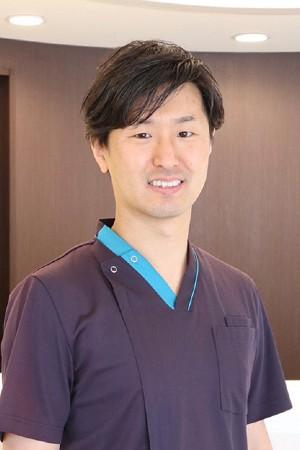 とくつファミリー歯科クリニックの院長の画像