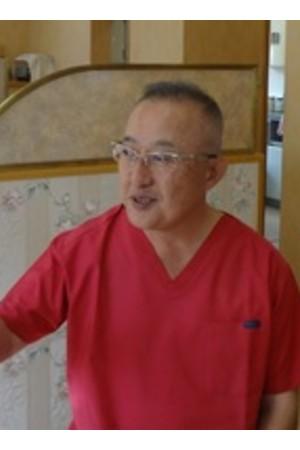 辻岡歯科医院の院長の画像